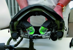 Fig. 6: Image intensifier mounting device for the helmets of Tiger pilots with combiner lenses and lateral sensors.